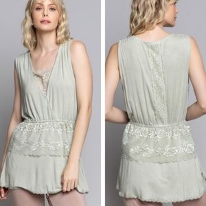 """""""The Piper"""" Lace Tiered Knit Top"""